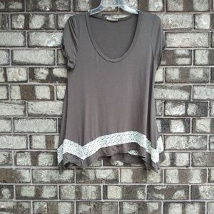 🍁 Honey Punch olive green with lace detail top